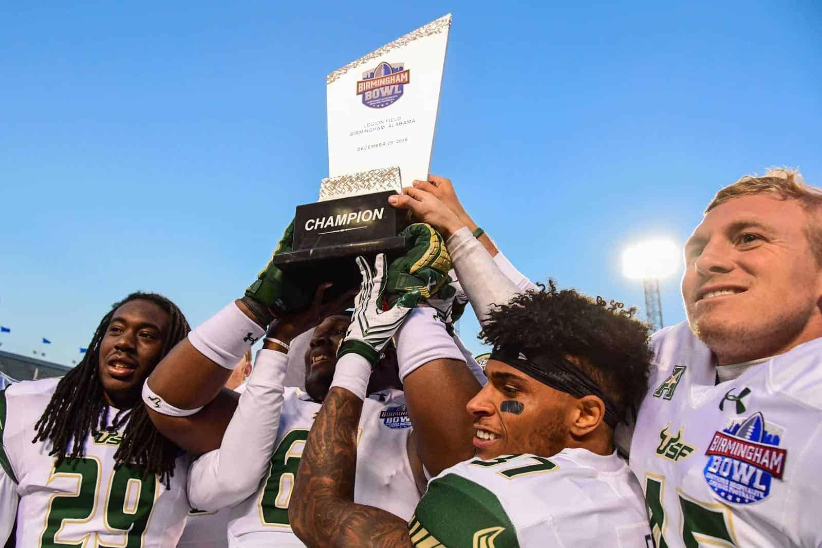 Bowl Games: College Football, Dec. 23