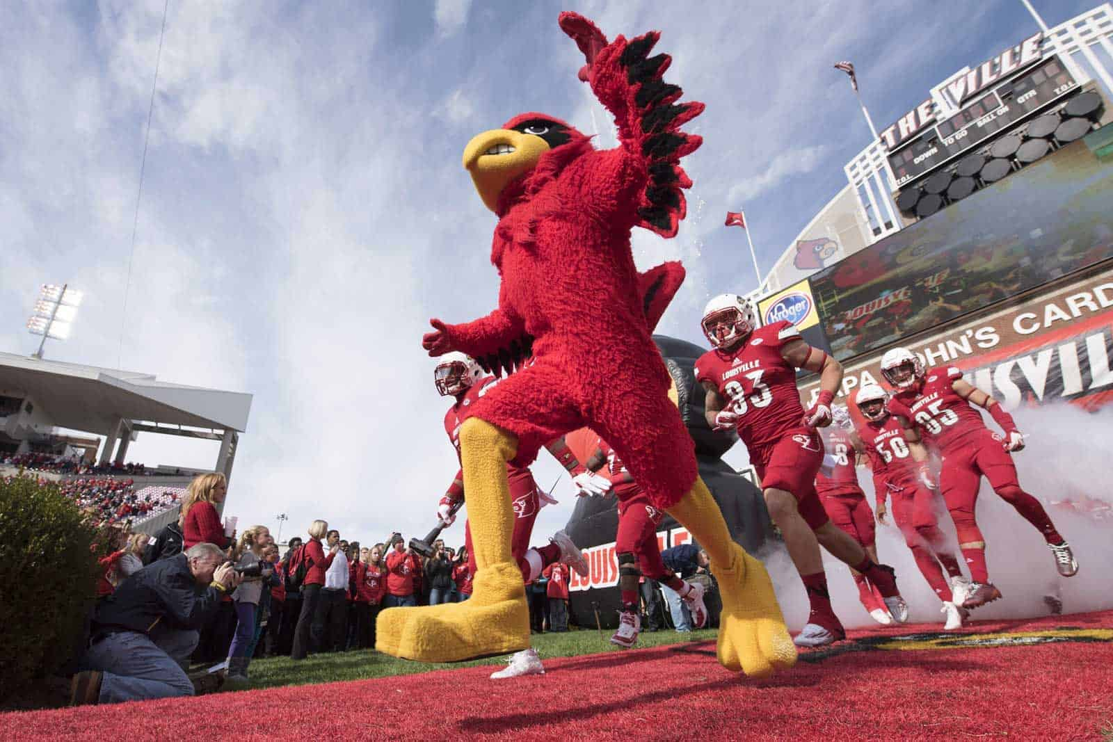 College Football Schedule: Louisville-USF