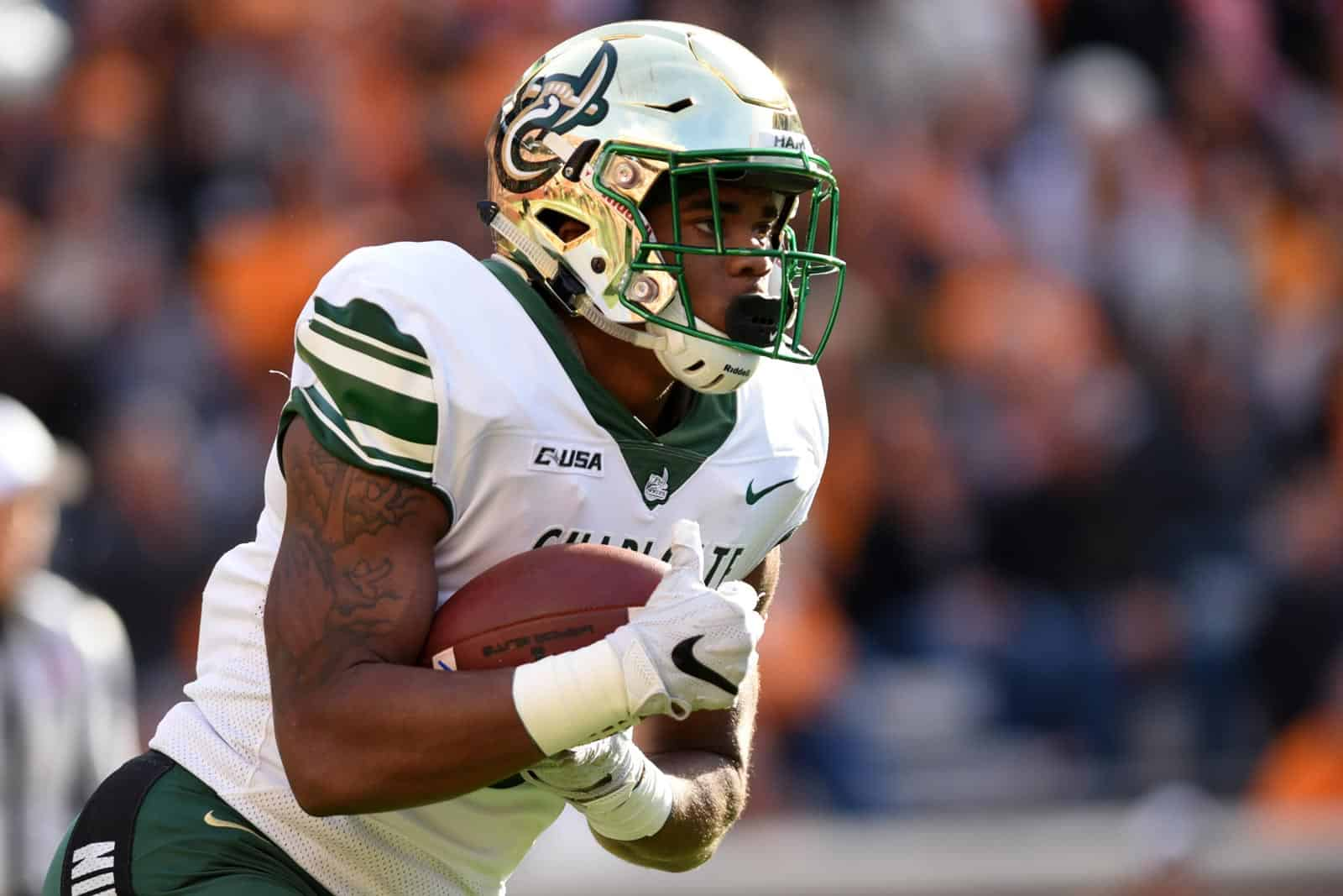 Charlotte Adds William Mary To 2022 Football Schedule