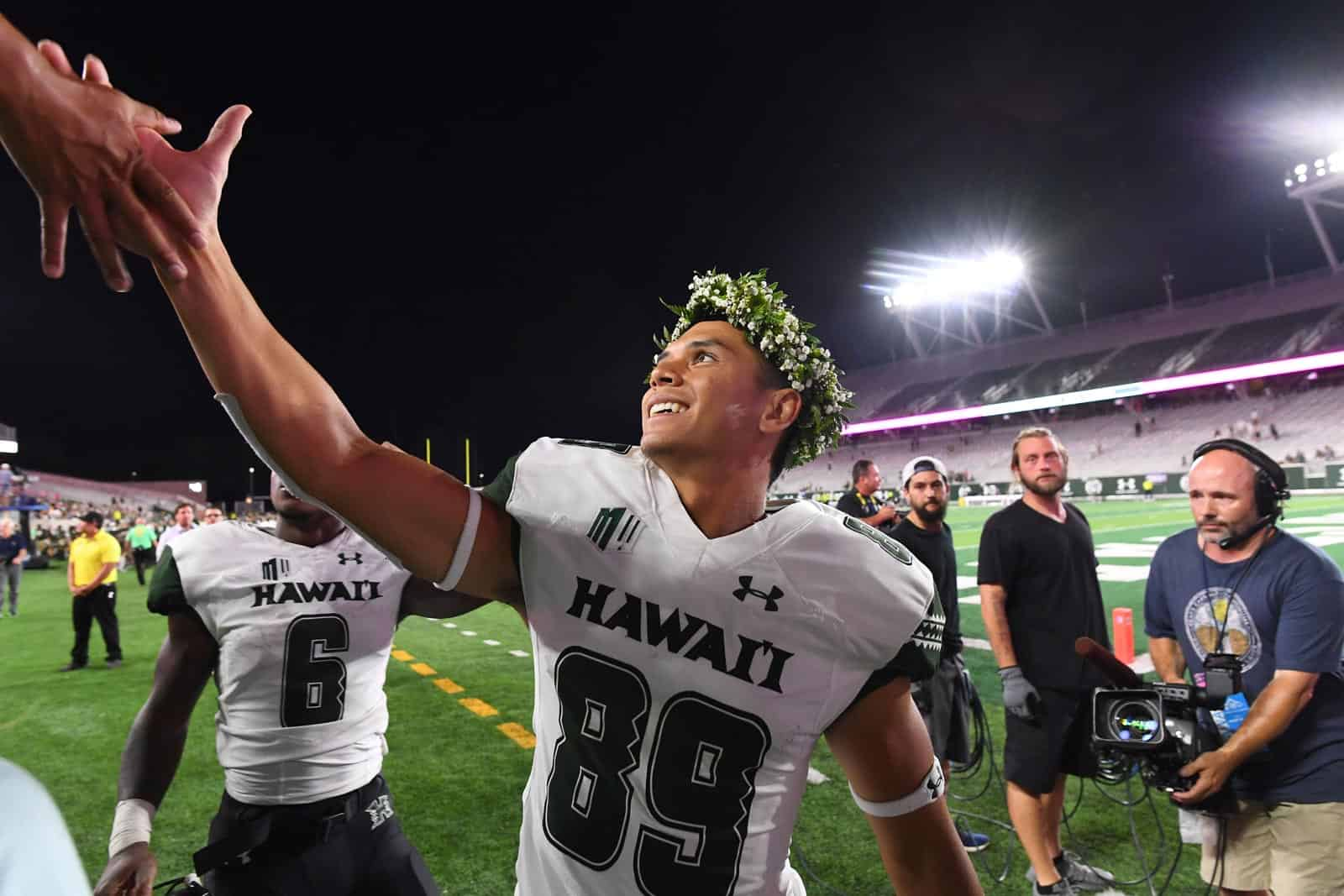 newest f1ed7 62c6b Seven Hawaii football games to stream live on Facebook in 2019