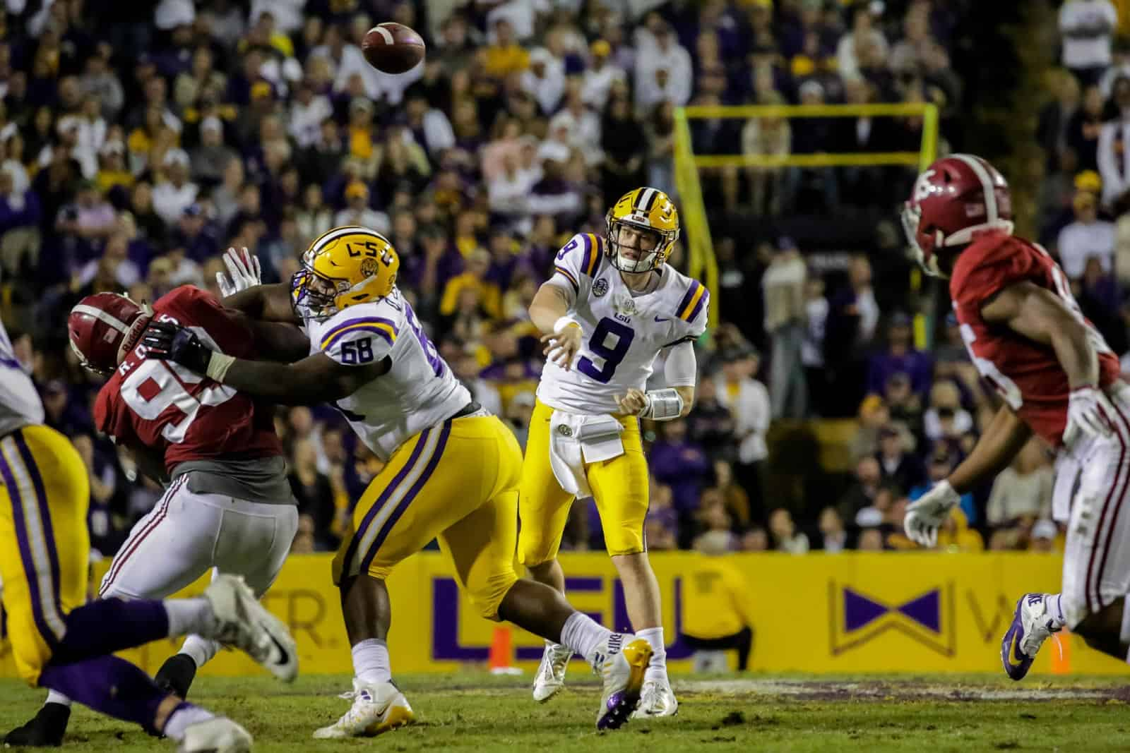 College Football Schedule Tv Selections For November 9 2019