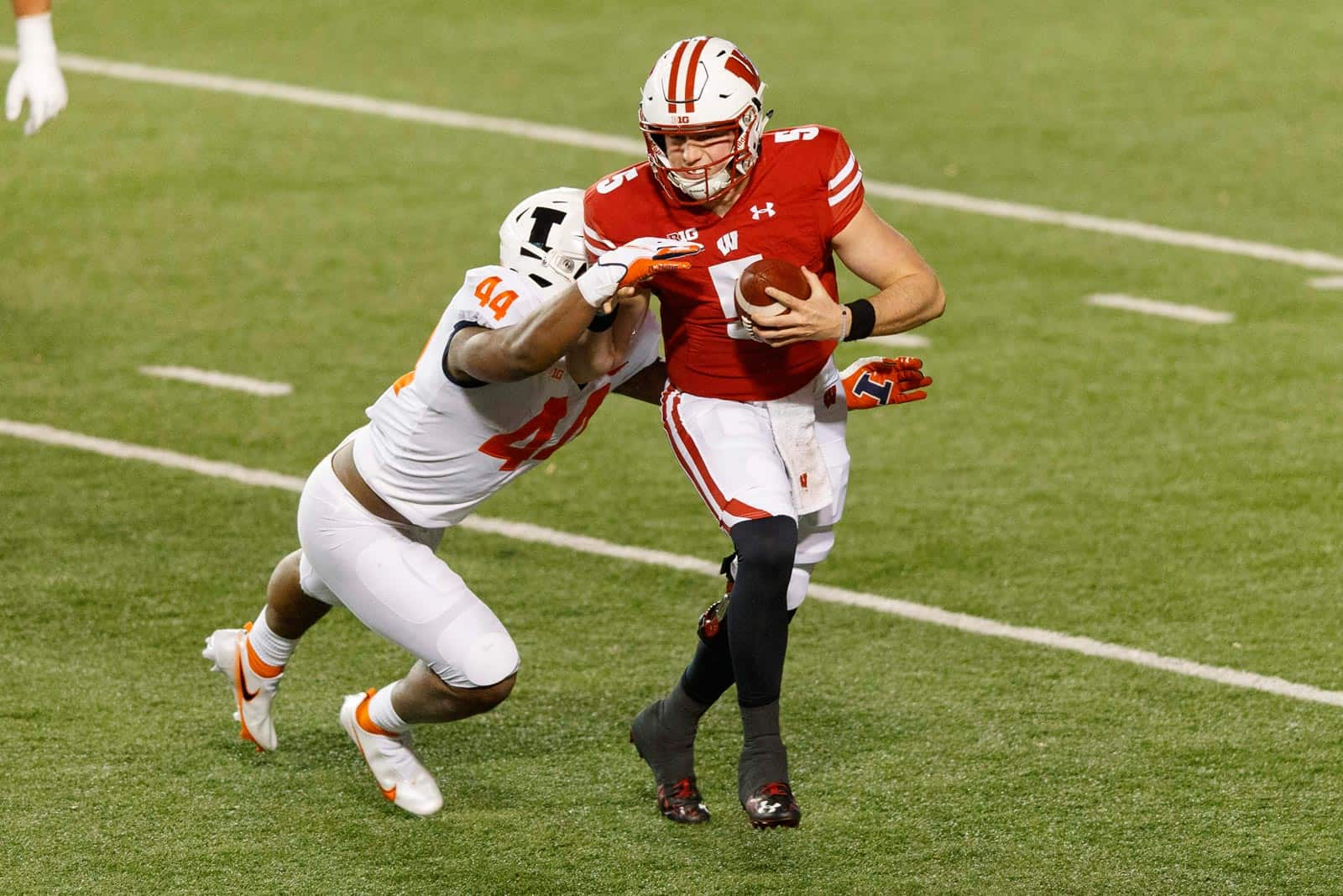 Wisconsin pauses team activities, cancels game vs. Nebraska